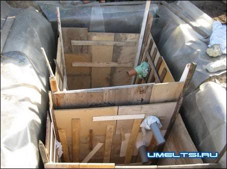 опалубка готова, можно заливать бетон