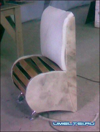 кресло обклейка поролоном