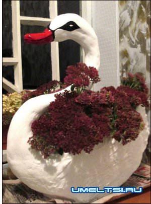 готовый вазон-лебедь