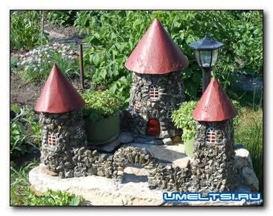 садовый декор-замок