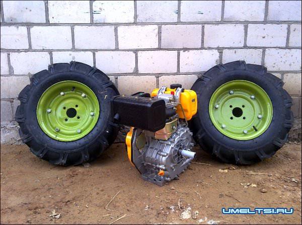 самодельный минитрактор-колеса и двигатель от Садко