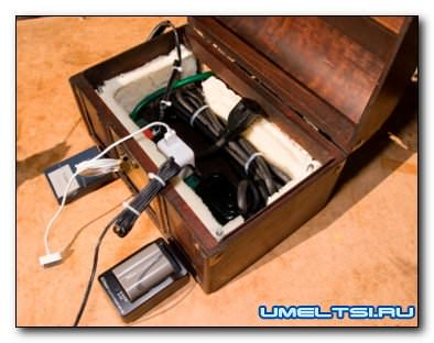 зарядная станция для мобильных устройств