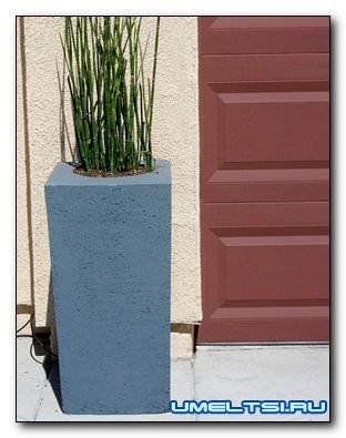 Бетонные вазоны для цветов-фото