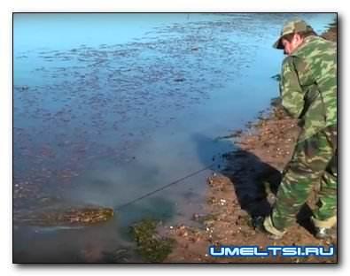 Подводные грабли - приспособление дпя чистки берега водоема