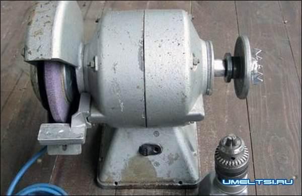токарный станок: передняя бабка