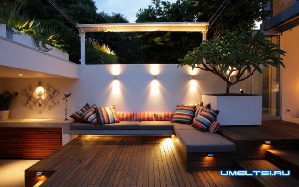 Освещение и уличная мебель