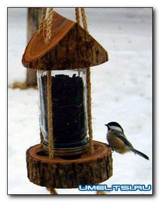 Кормушка для птиц в дачном стиле своими руками