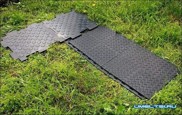 Дорожка из резиновой прямоугольной плитки