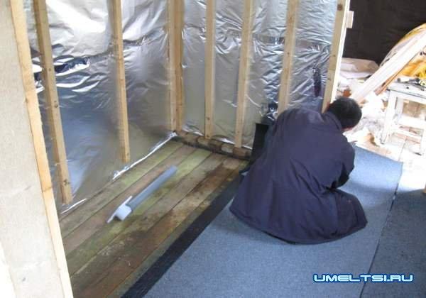 для обшивки стен используем фольгу