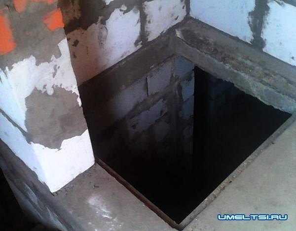 Грузовой лифт в погреб