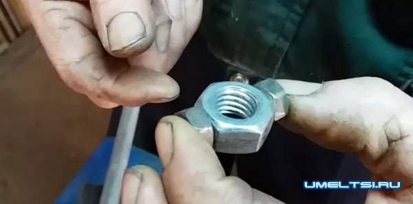 Угловая струбцина своими руками
