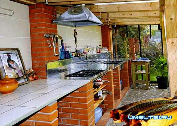 Летняя кухня на даче