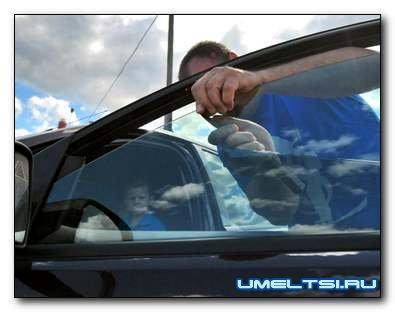 Как затонировать автомобильные стекла своими силами