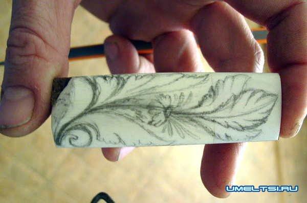 флеш-карта из дерева и кости