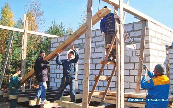 Кого нанимать на строительство дома?