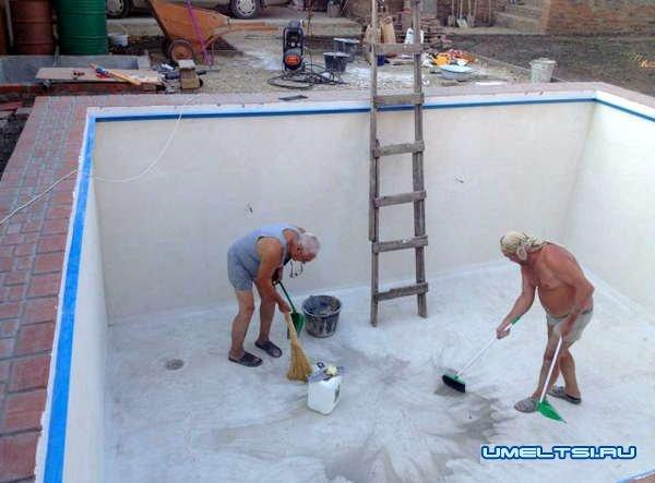 Как построить домашний бассейн