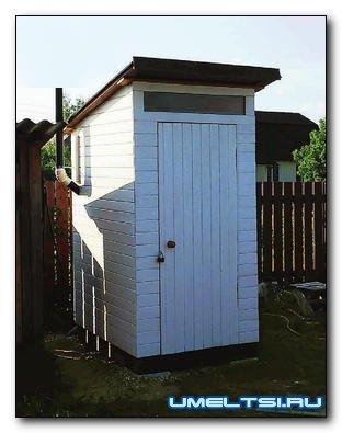 Строительство туалетного домика под торфяной биотуалет