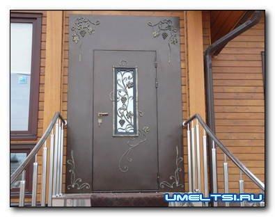 Входные двери: особенности конструкций и преимущества металлических моделей