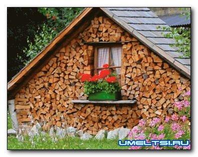 Строим дровяник: надежное хранилище для дров