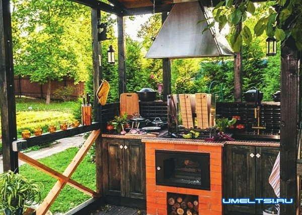 Строим летнюю кухню-беседку