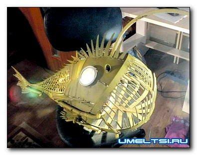 Светильник «механическая рыба-удильщик» в стиле стим-панк