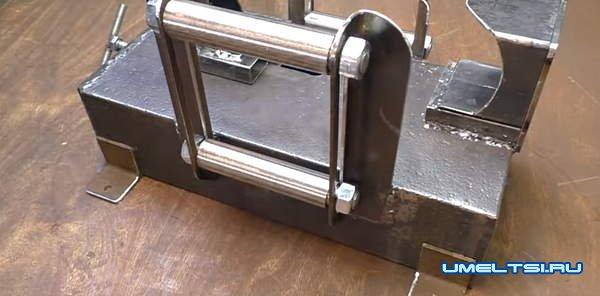 станок для зачистки труб