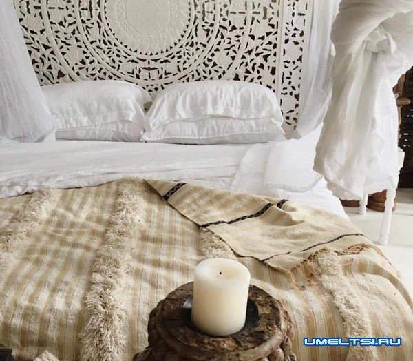 Мягкое изголовье для кровати