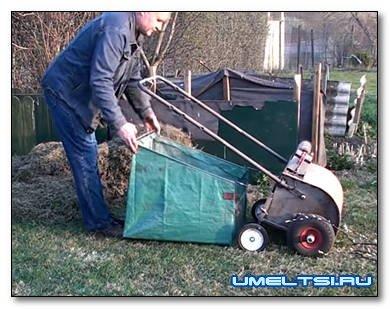 Делаем механическую щетку с бункером для уборки листьев